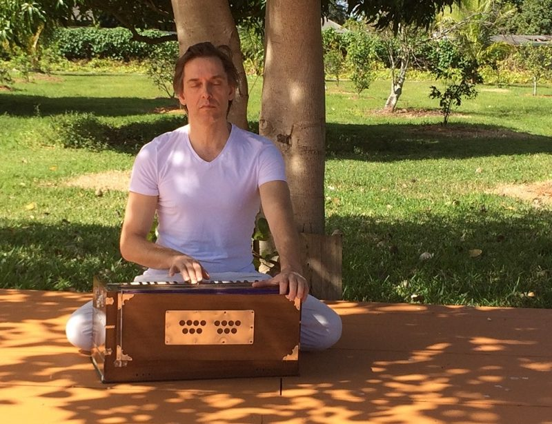5 reason to love kirtan blog